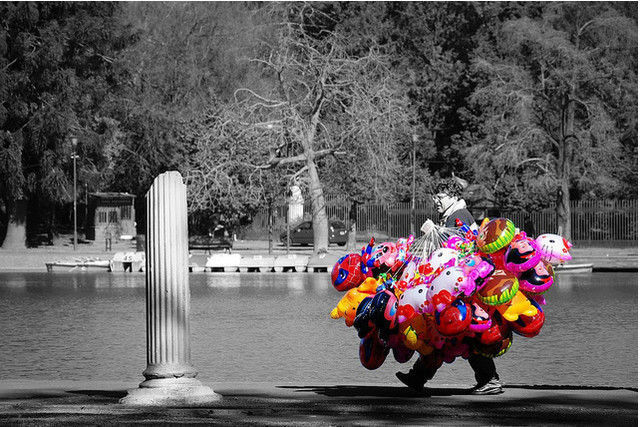 50 Wonderful Black White Photos with Partial Color Effects