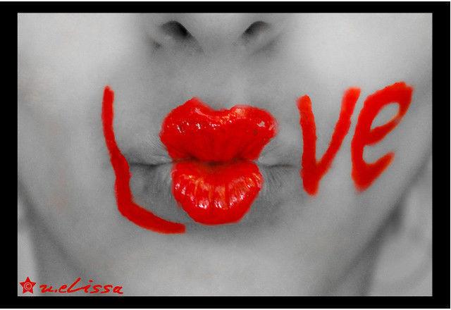 Kiss Kiss Love