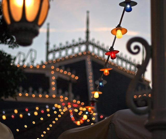 Plaza Lights Bokeh Photography
