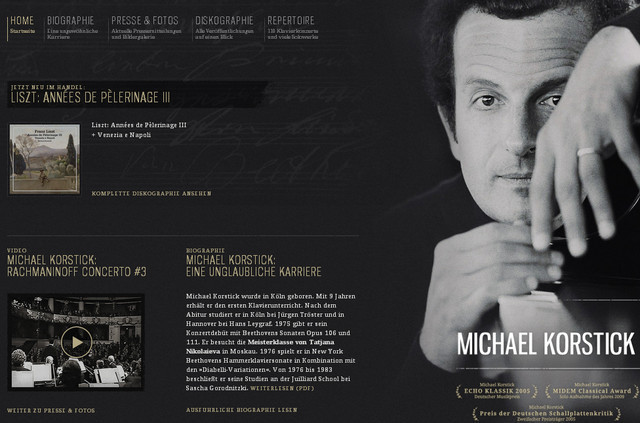 creative site with a blabk grey dark layout Michael Korstick