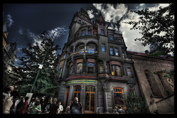 The New Art HDR is a fantastic example of HDR Architectural Photography