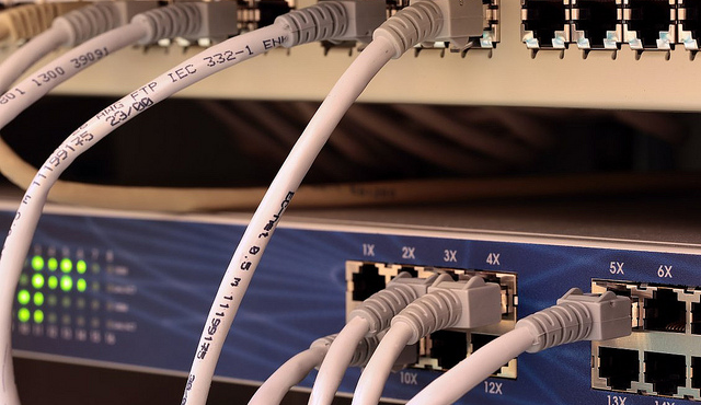 Scaling Website Servers hardware ethernet cables networking - featured image