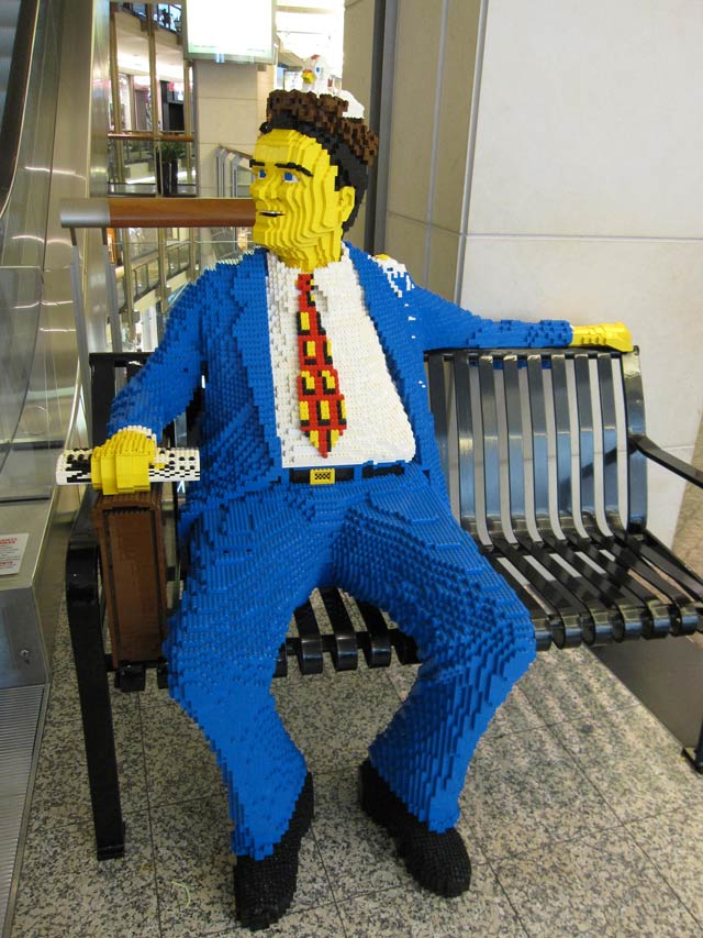 Mc Lego sculpture