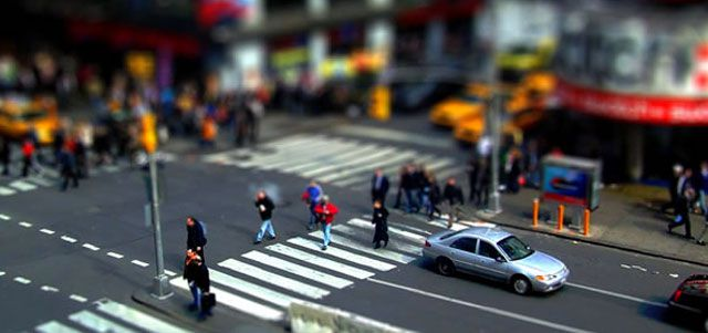 Tilt-Shift Photo Effect Tutorials in Photoshop