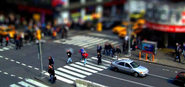 Tilt-Shift Photo Effect Tutorials in Photoshop