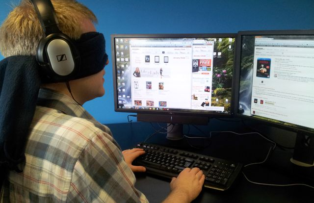 Using a screenreader blindfolded to test websites