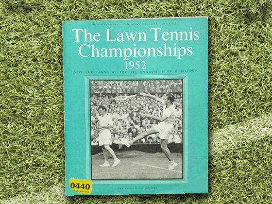 1952 Wimbledon started to use block color on the front of their programmes