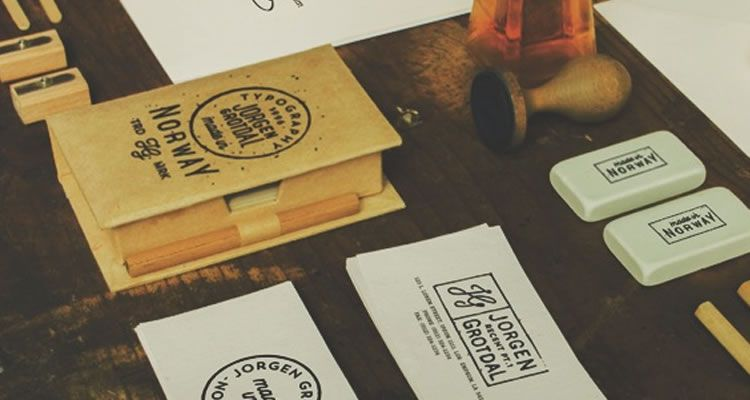 20 Inspirational Creative Business Cards For Designers