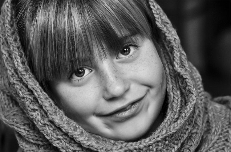 How to Create a High Contract Black & White Effect in Lightroom