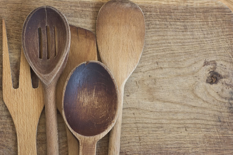 wooden cutlery selection