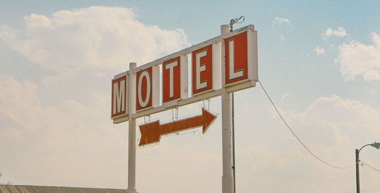 motel-sign-ux-dark-pattern