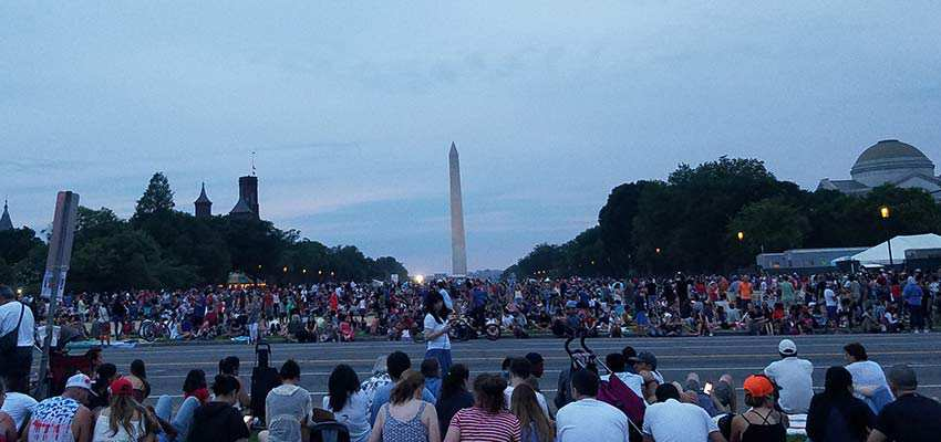 July 4th crowd at the National Mall.