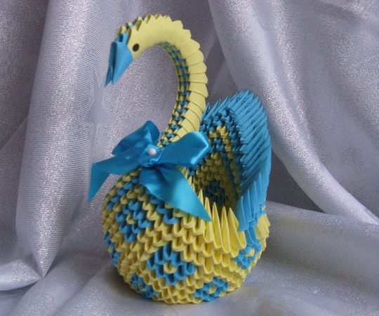 papercraft inspiration example Diamond Patterned Swan