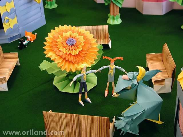 papercraft inspiration example Goblington Kingdom: Orilanders in the Garden of Residential Area