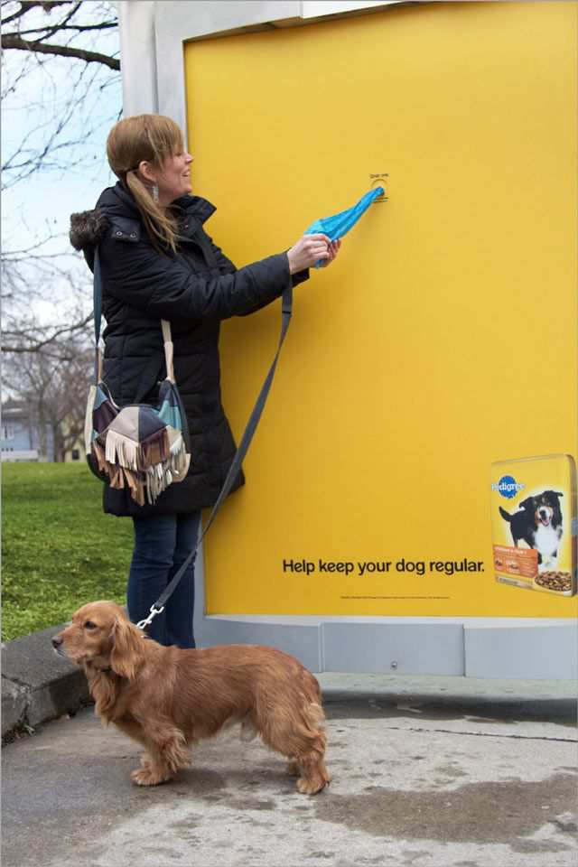 creative advertising Pedigree Bus Shelter
