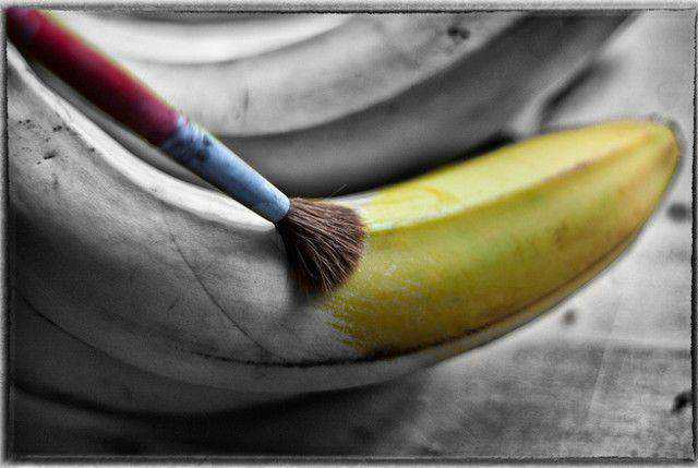 b and w shot coloring Banana