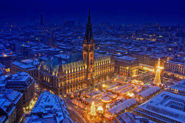 Hamburg at Christmas in a gallery of Christmas Seasonal Photography