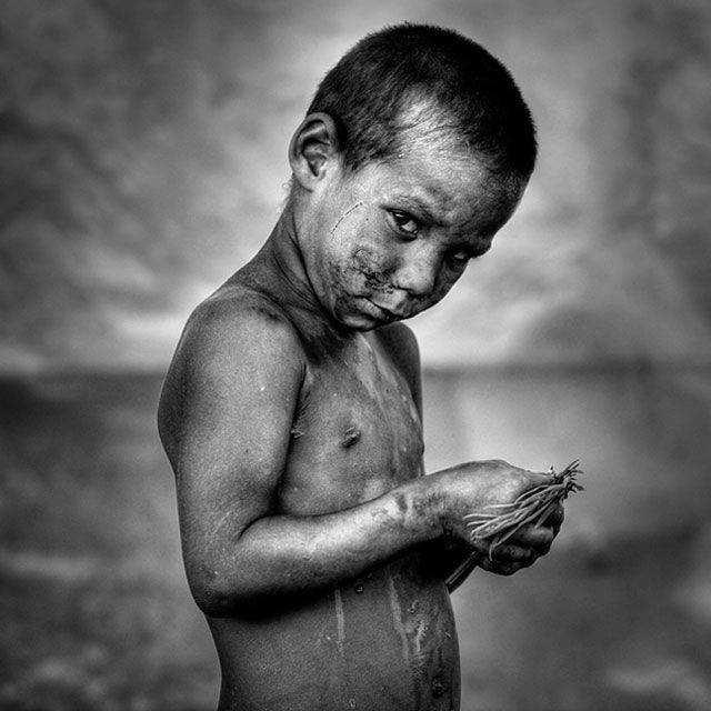 Gipsy Portrait powerful photography documentary