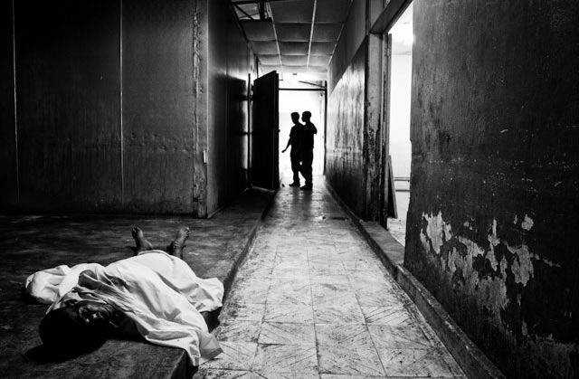 Waiting for Haiti inspiring news photography