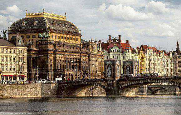 Prag is a fantastic example of HDR Architectural Photography