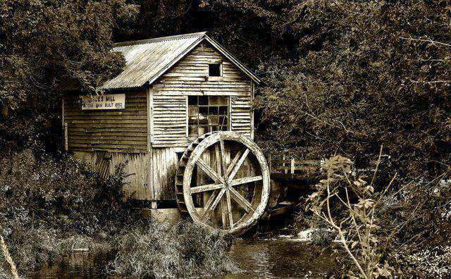 monochromatic photo photography Hydes Mill