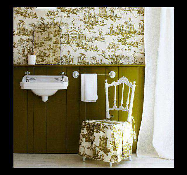 monochromatic photo photography Green Bathroom