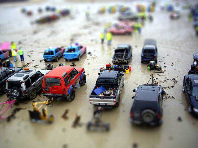tilt-shift photography miniature Mini off-roaders