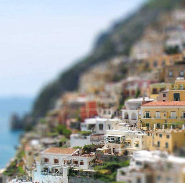 tilt-shift photography miniature Positano