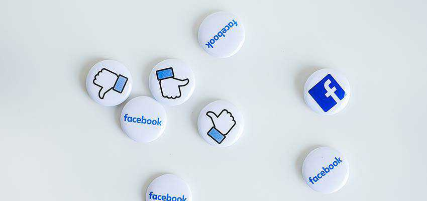 Buttons with Facebook Imagery