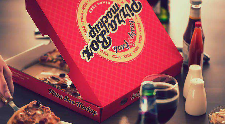 Pizza Packaging Photoshop PSD Mockup Template