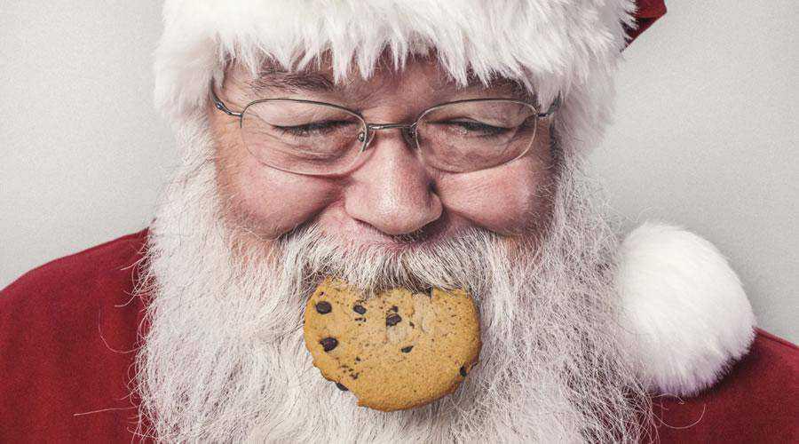 Santa Clause Eating Cookie christmas hd wallpaper desktop high-resolution background