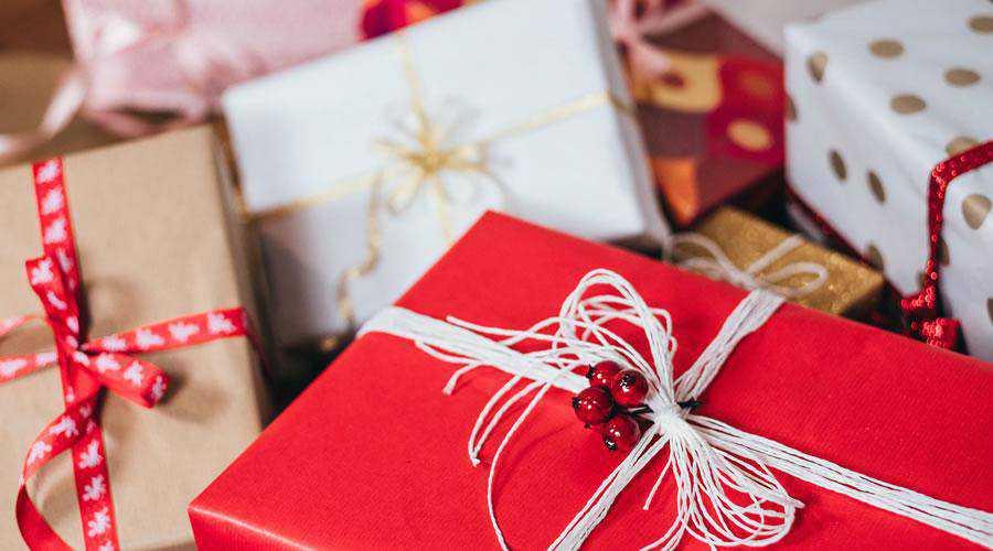 Christmas Gift Boxes hd wallpaper desktop high-resolution background