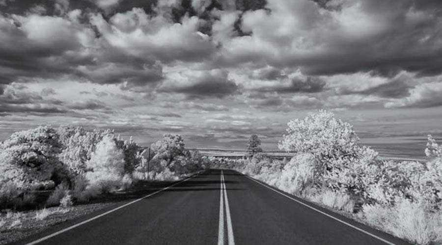 infrared photography The Painted Desert Infrared inspiration
