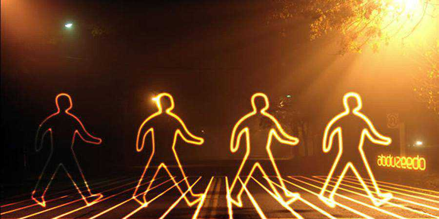 Glowing Light Painting Effect tutorial graphic designers Photoshop