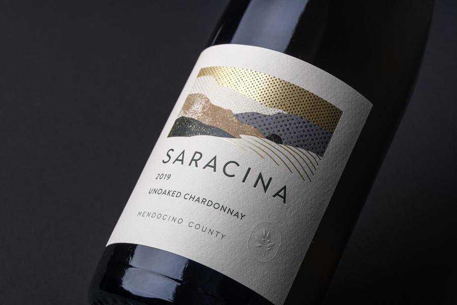 Saracina Vineyards Package wine label design inspiration