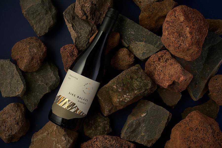 Sike Balzs Winery wine label design inspiration